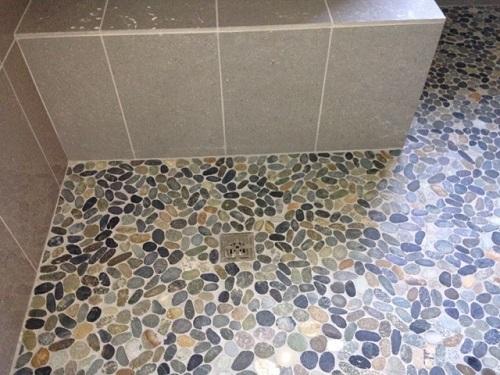 gạch lát nền nhà tắm 2