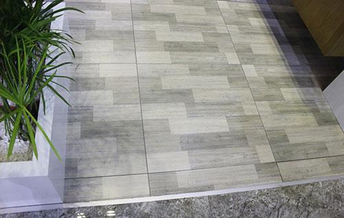 Các loại gạch lát nền chống trơn -6