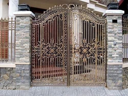 Nên chọn gạch ốp cổng nhà có chất liệu gì? Cách phối màu bắt mắt nhất
